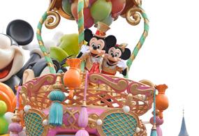 【ディズニーランド・お昼のパレード】ハピネスイズヒア【フロートの順番・停止位置】