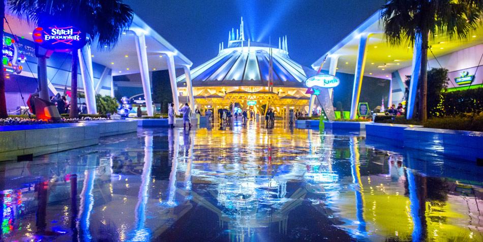 雨の日のディズニーリゾート